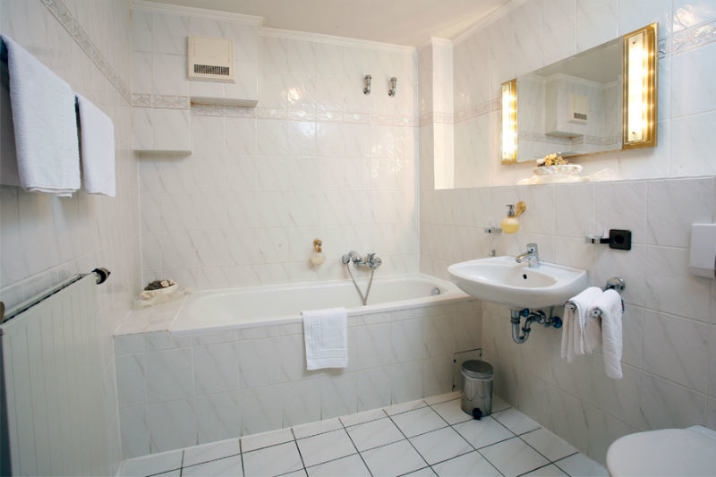 Beispiel: Badezimmer, Foto: Landhaus Wieler.