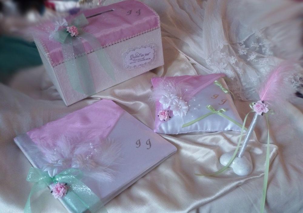 ensemble Urne, livre d'or, coussin et stylo sur le thème Rose, vert et blanc