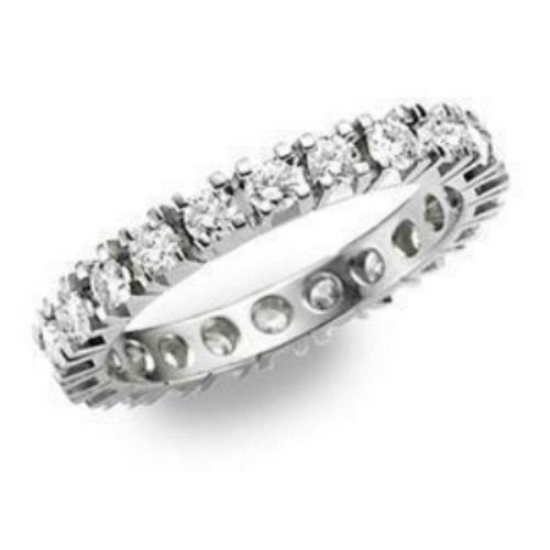 Beispiel: Verlobungsring -  Silber, Foto: Die Schatztruhe.