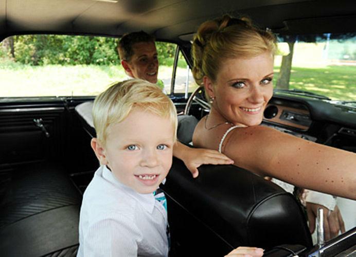 Beispiel: Das richtige Hochzeitsauto, Foto: Oldtimervermietung.cc