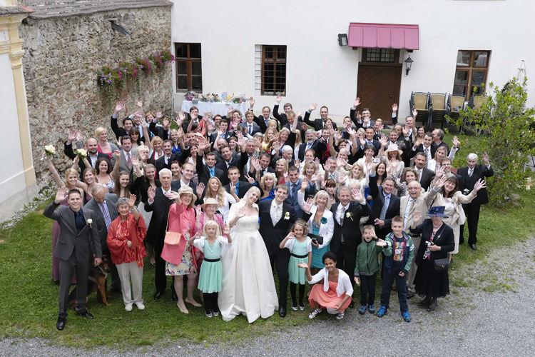 Beispiel: Fotos von der Hochzeitsgesellschaft, Foto: Butter und Brot.