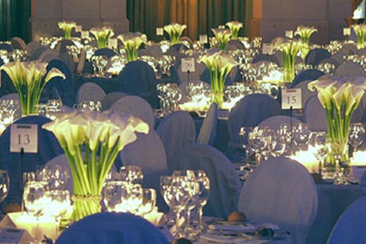Beispiel: Einzigartige Dekorationsideen, Foto: Agentur Deko Style Hochzeitsplanung.