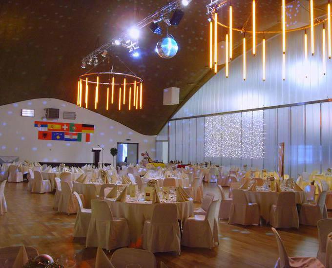 Beispiel: Lichteffekte im Hochzeitssaal, Foto: Parkhotel Langenthal.