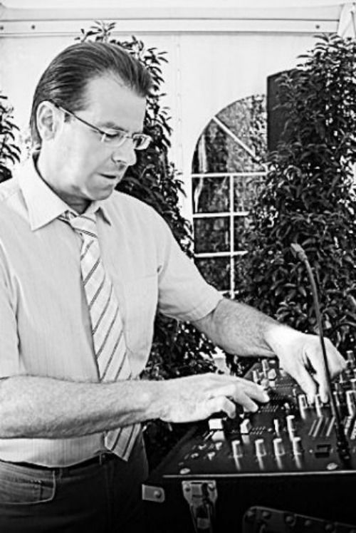 Beispiel: Der DJ, Foto: DJ Sigi.