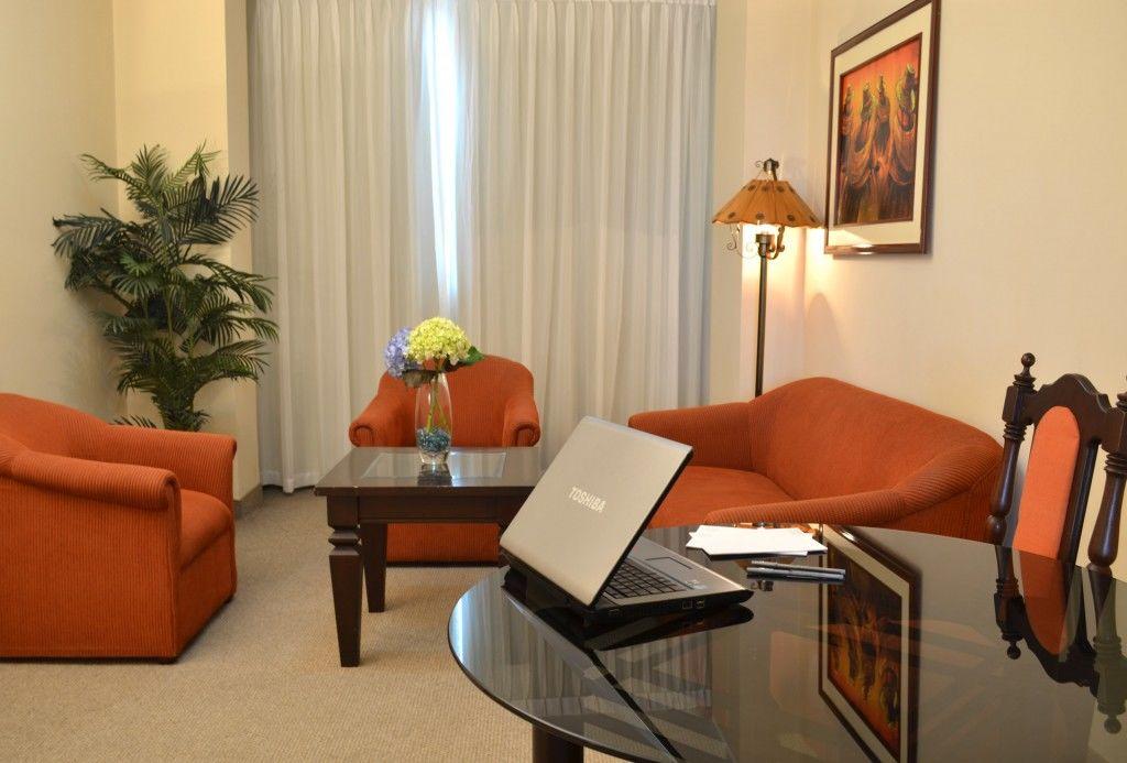 Miraflores Colon Hotel