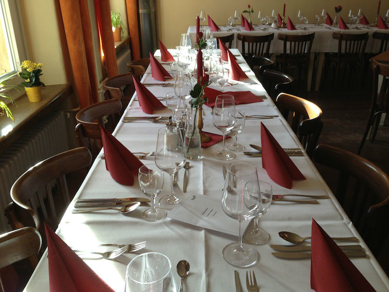 Beispiel: Eingedeckte Tafel, Foto: Restaurant Süden.