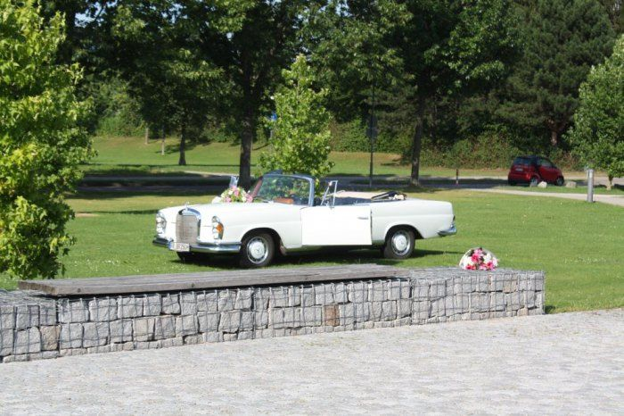 Beispiel: Hochzeitsauto, Foto: Delcanto.