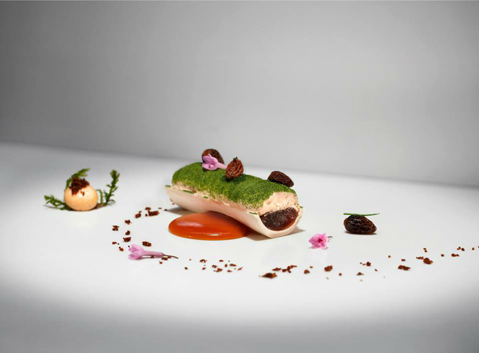 Beispiel: Kulinarische Genüsse, Foto: Althoff Grandhotel Schloss Bensberg.