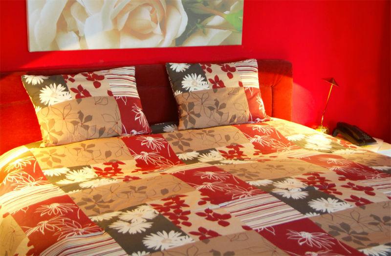Beispiel: Rosenzimmer, Foto: AKZENT Hotel Tietmeyer.