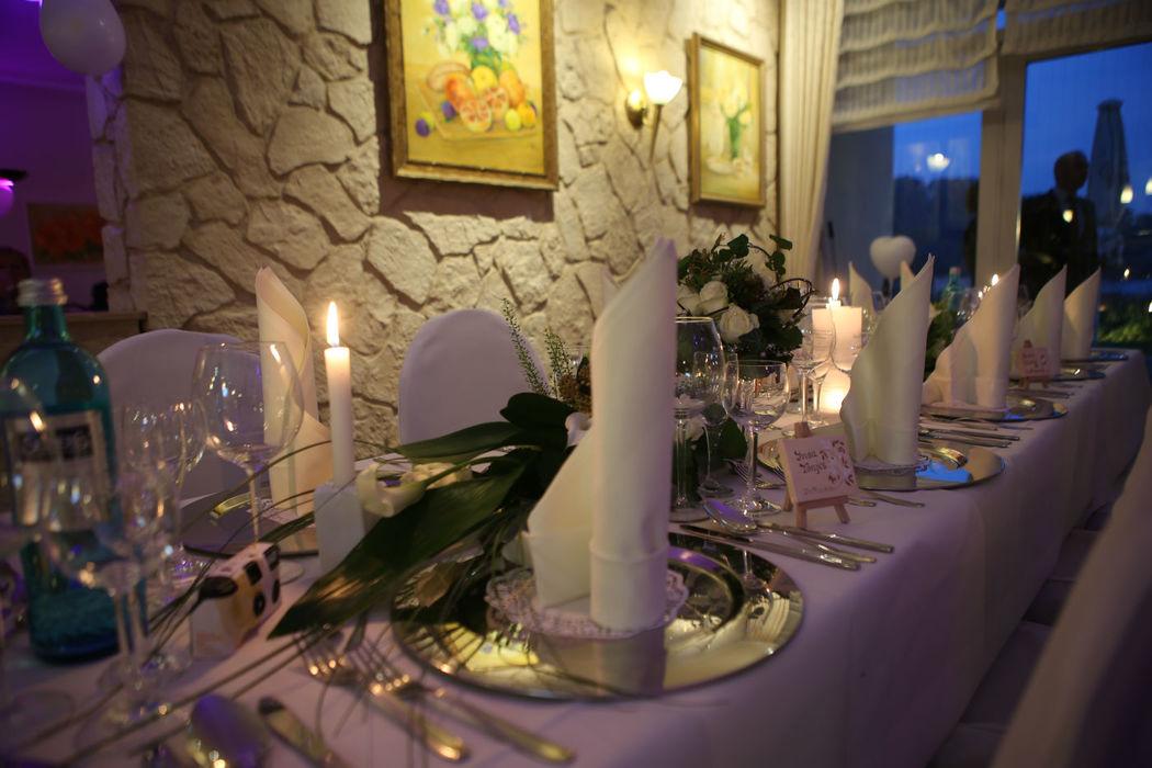 Beispiel: Bankett - Tischdekoration, Foto: Ringhotel Seehotel Schwanenhof.