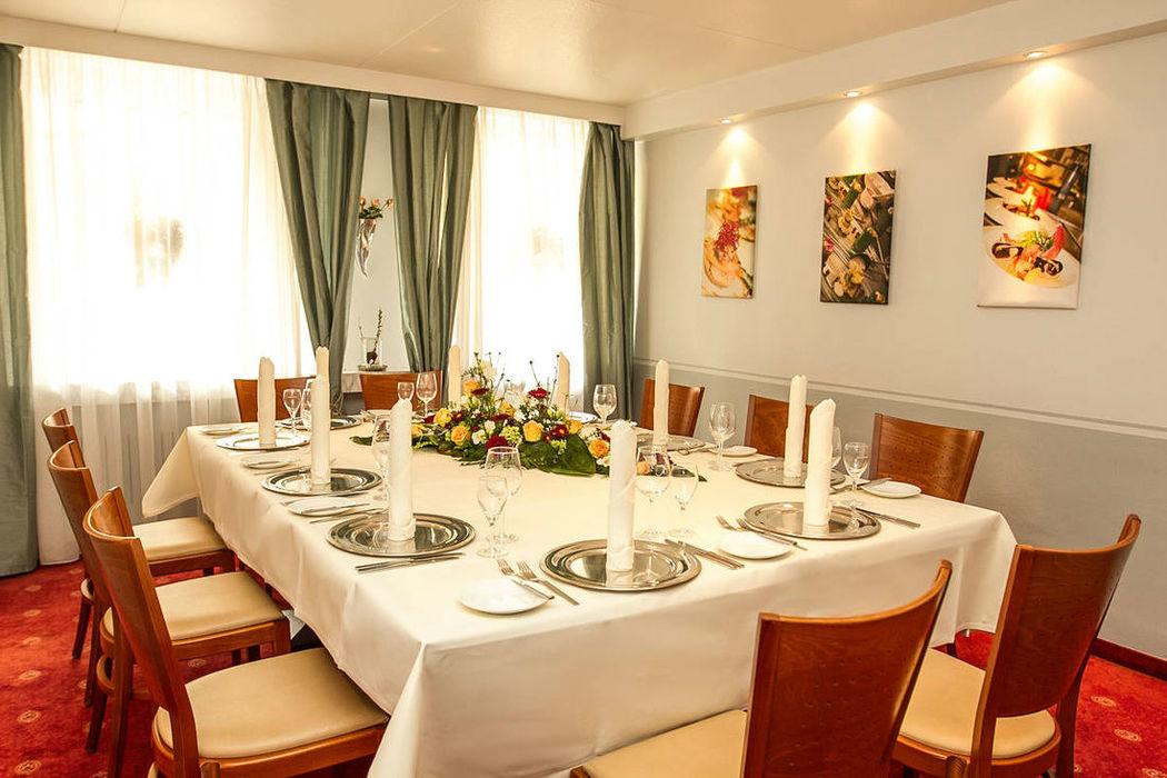 Beispiel: Karlsruher Zimmer, Foto: Hotel Eden - Restaurant garbo.