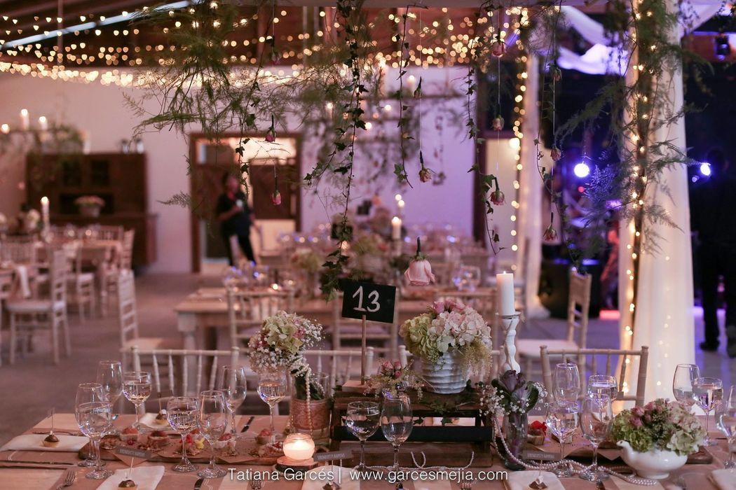 Wedding Planner: Lina Vargas Producción Decoración : Lica Creativa  Fotografía: Tatiana Garces
