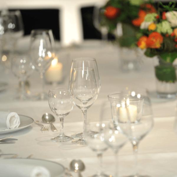 Beispiel: Pavillon - Tischdekoration, Foto: Landhaus Kuckuck.