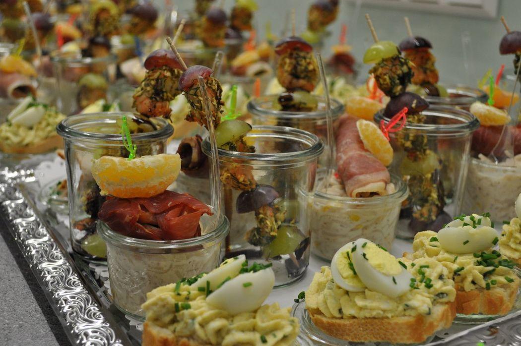Beispiel: Buffet, Foto: Das Häppchen schmeckt...