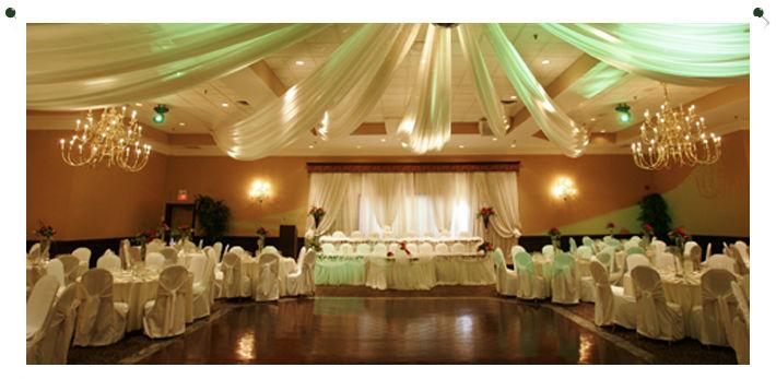 Beispiel: Maßhussen für Ihre Hochzeit, Foto: Atelier Monica.