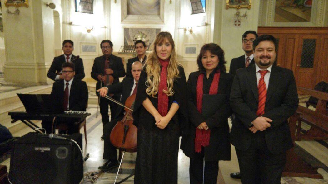Basilica Maria Auxiliadora. Magistral presentacion www.corocanticumnovum.com
