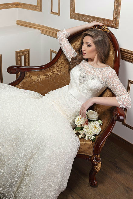 Beispiel: Hochzeitskleid, Foto: Liana Design.
