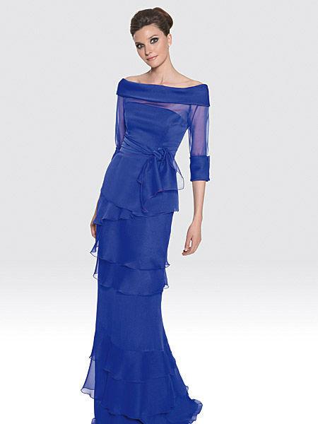 Beispiel: Mode für Hochzeitsgäste, Foto: Liluca Bern Festkleider.