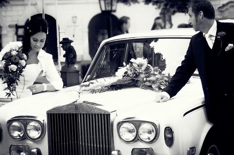Beispiel: Geben Sie Ihrer Hochzeit ein ganz besonderes Flair, Foto: Royal Classics Oldtimer.