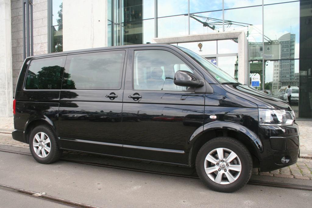 Beispiel: Der VW-Multivan, Foto: BBI Limousine.