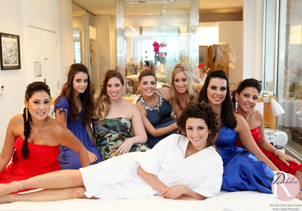 Noiva: Lívia Beleza: Dia da Noiva Exclusivo por Ro Deladore Foto: Dani Pacces