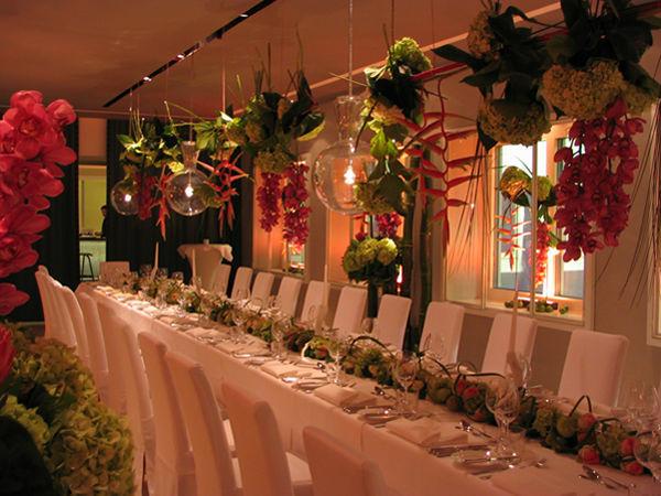 Beispiel: Hochzeitsfloristik, Foto: Blumen Kamm.