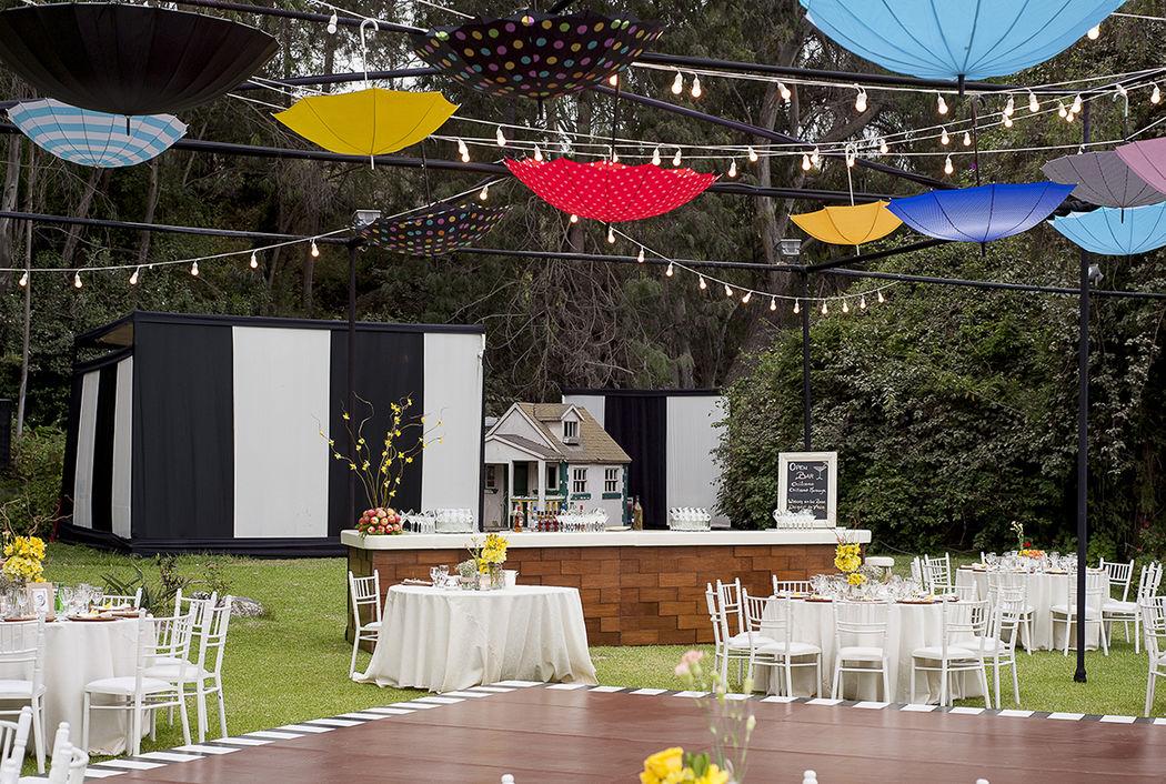 El concepto de la boda, siempre tiene la personalidad de los novios! Esta boda fue super linda!