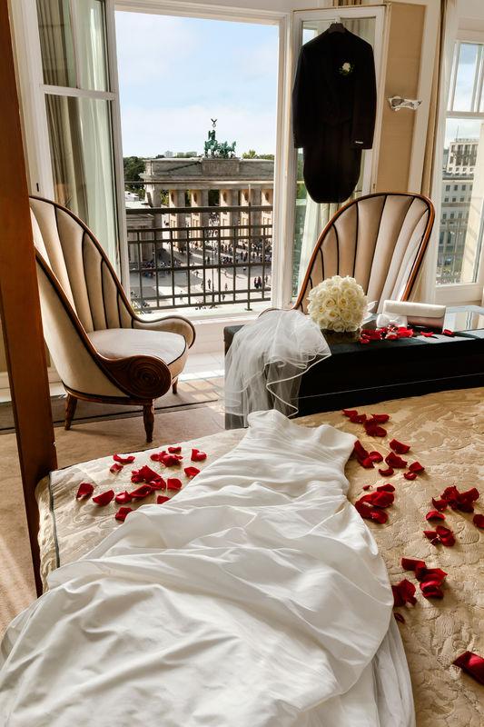 Beispiel: Hochzeit am Brandenburger Tor, Foto: Hotel Adlon Kempinski.