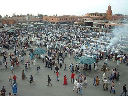 La bulliciosa Marrakech tiene espacio para los viajes más románticos.