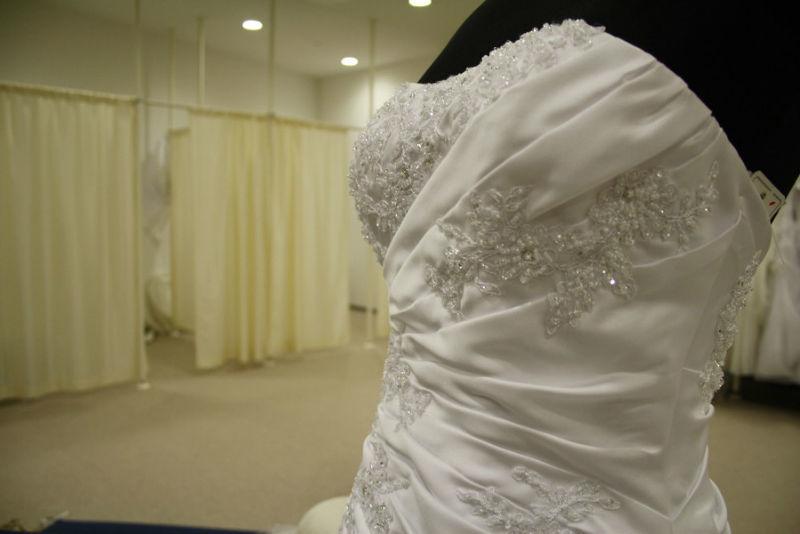 Beispiel: Ihr Ladengeschäft mit der kompetenten Bedienung, Foto: K. For Bride.