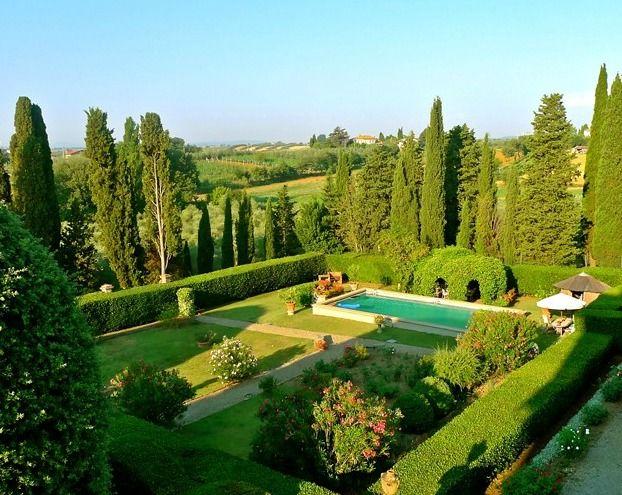 Vista del parco e della piscina - Villa Fontarronco