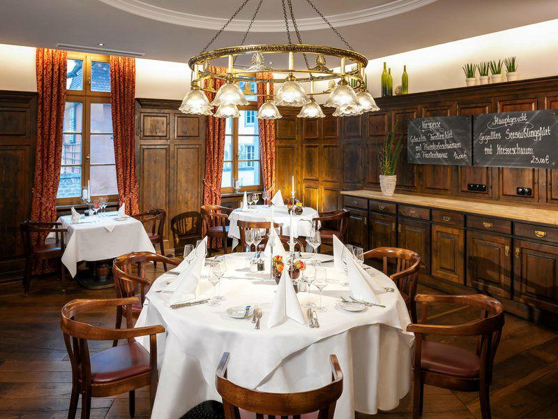 Beispiel: Restaurant Bettina von Arnim, Foto: Dorint am Goethepark Weimar.
