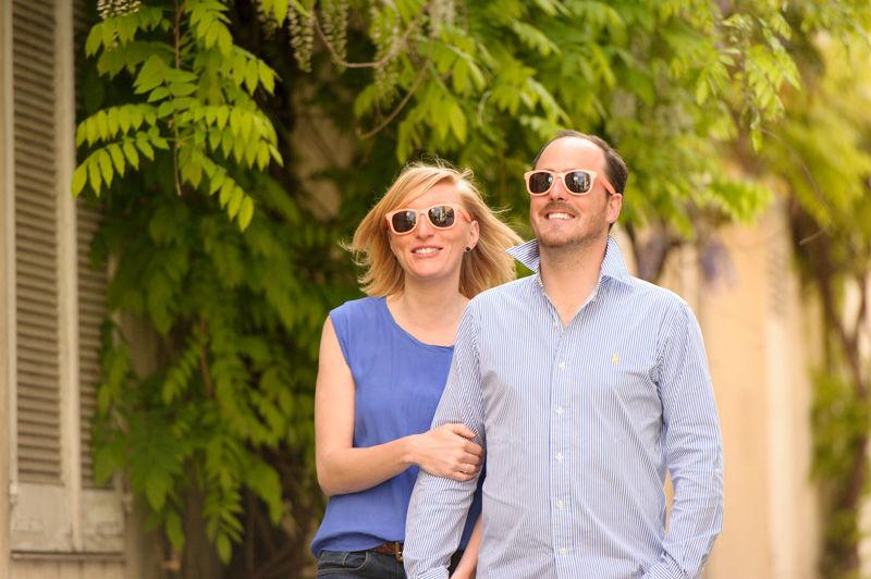Séance photo de couple à paris, rue des Thermopyles