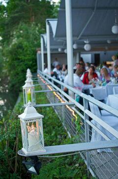 Beispiel: Open-Air Hochzeitsbankett, Foto: Butterfly Dreams.