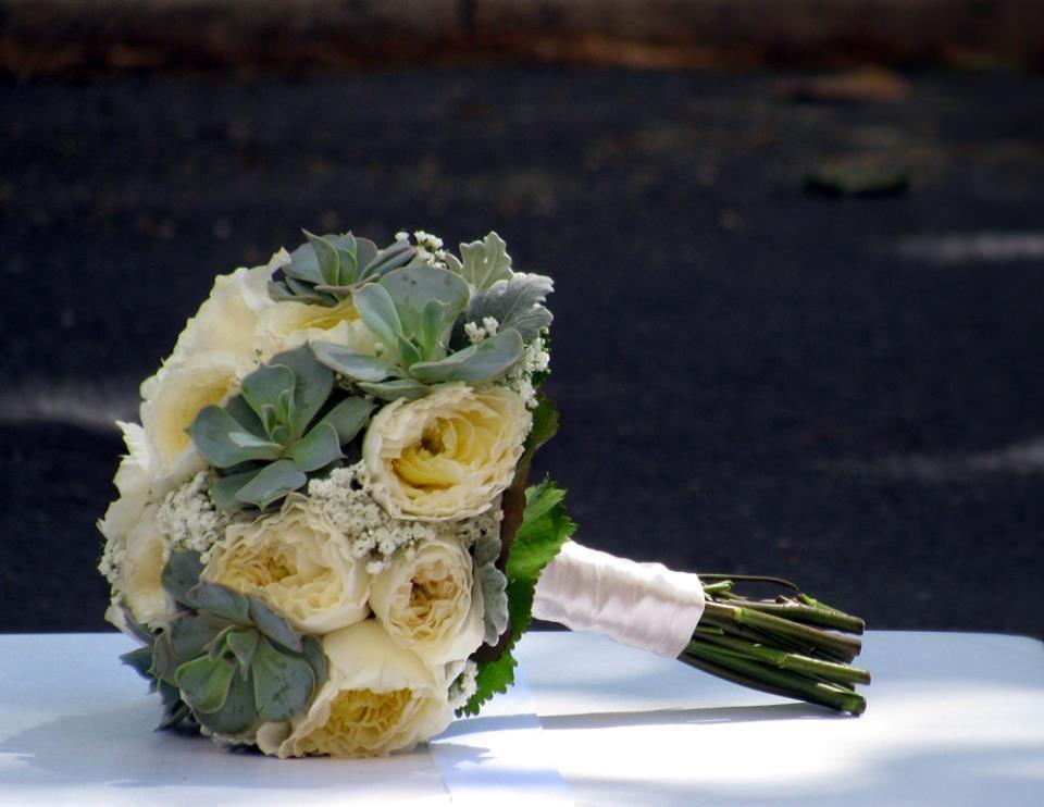 Bouquet de Noiva garden roses e suculentas