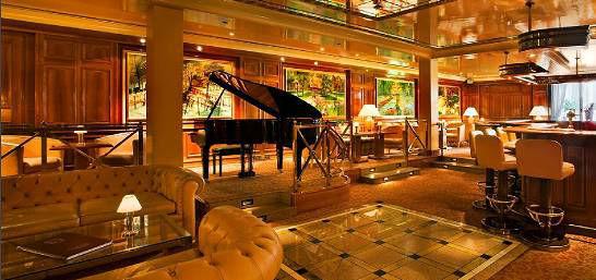Beispiel: Piano Bar, Foto: Colombi Hotel.