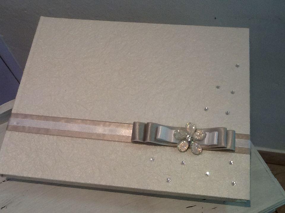 Guest book color argento per matrimonio elegante