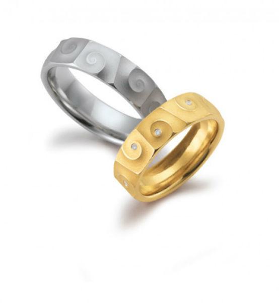 Beispiel: Einzigartige Ringe, Foto: Das Trauringhaus.