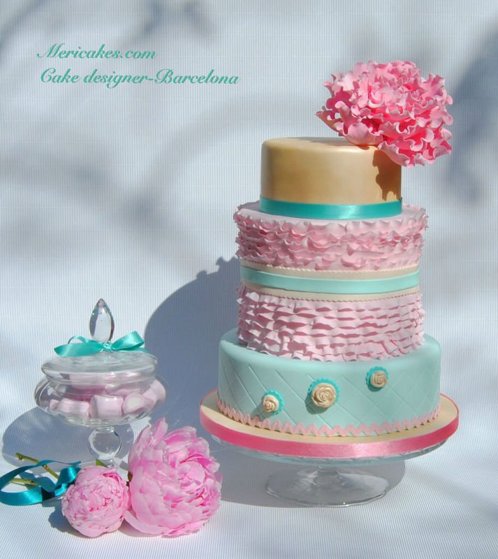 Peony vintage wedding cake