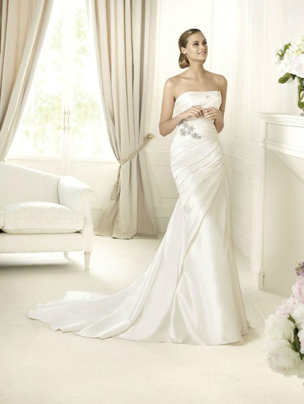 Beispiel: Brautmode für jeden Geschmack, Foto: Brautparadies Thun.