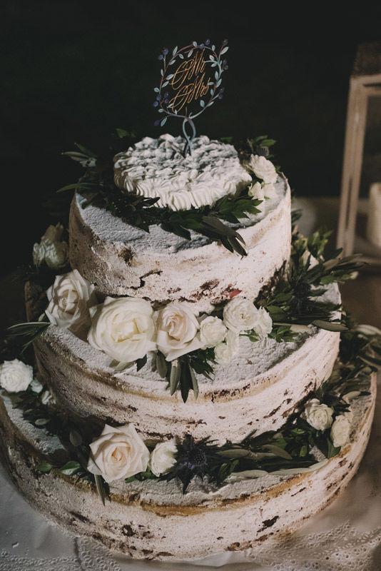 Caketopper: su legno e pittura con smalti e foglia d'oro - foto di Matrimoni all'Italiana