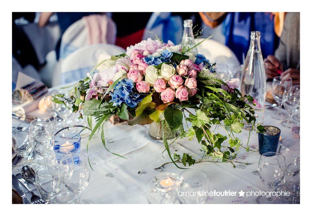 Au Jardin d'Egly - centre de table mariés rose bleu