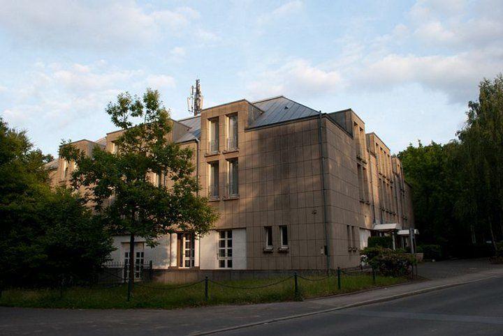 Beispiel: Außenansicht, Foto: Hotel Rolandsburg.