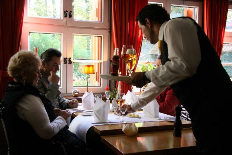 Beispiel: Service, Foto: Hotel Loemühle.