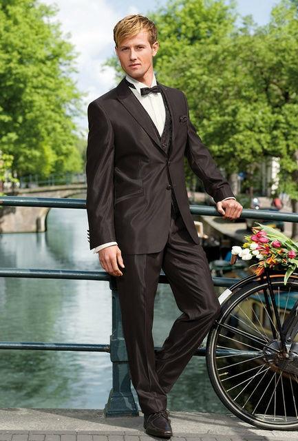 Beispiel: Verzaubern Sie Ihre Braut, Foto: Brautmoden Isabel Bräutigam.