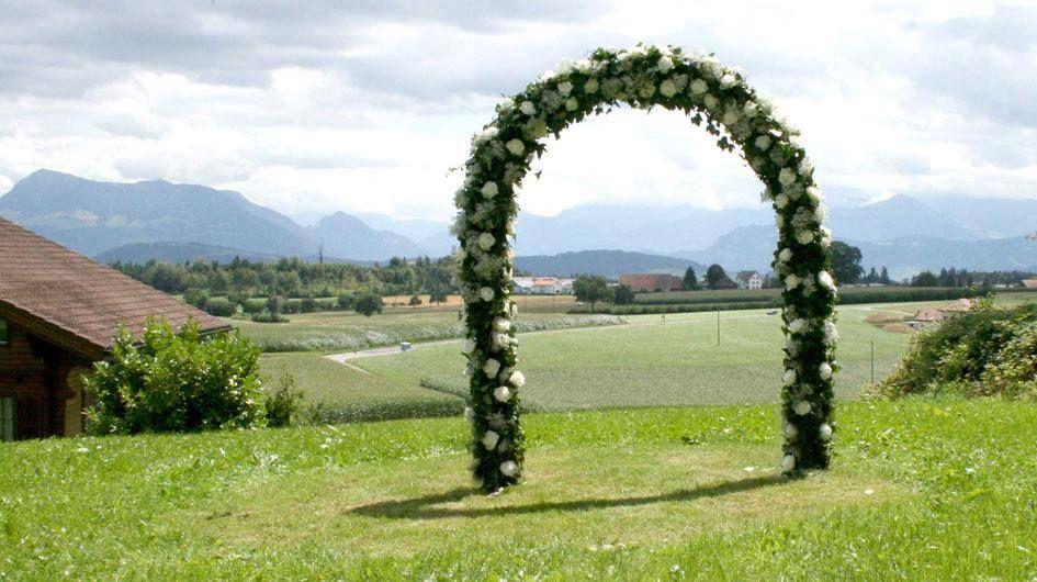 Arco floral para boda.