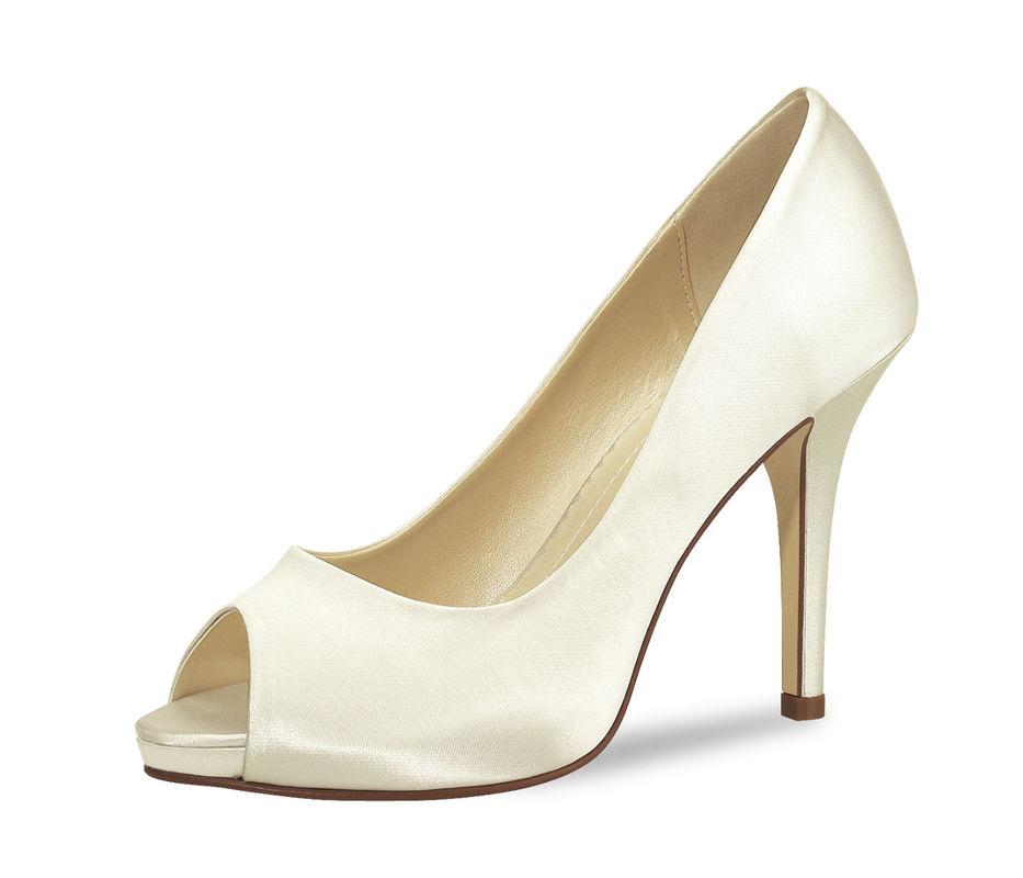 Beispiel: Der perfekte Schuh für einen perfekten Tag, Foto: Verasposa Brautschuhe.