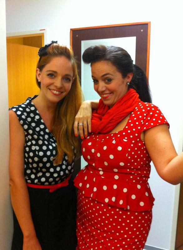 Beispiel: Die beiden Sängerinnen, Foto: Frauenzimmer deluxe.