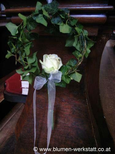 Beispiel: Kirchendekoration, Foto: Blumenwerkstatt Klára Kwas.