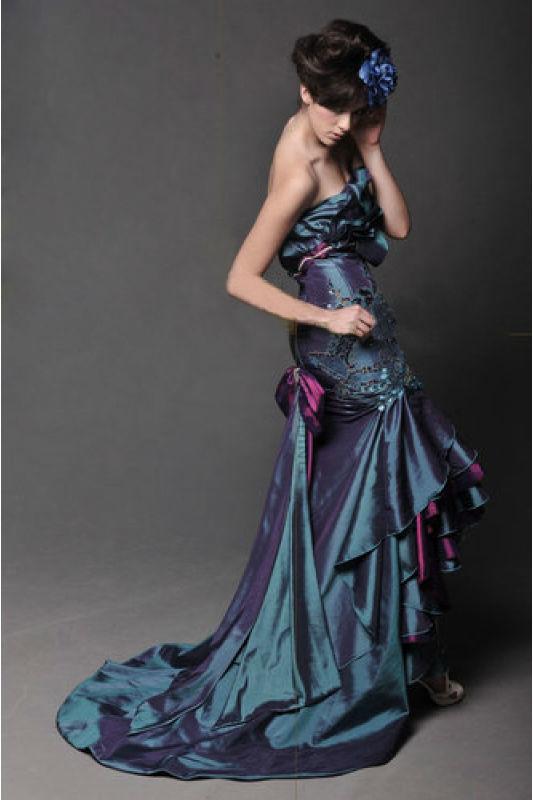 Beispiel: Wunderschöne Abendkleider, Foto: Prinzessin Abendmode.